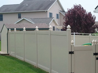vinyl fence and gate in lebanon pa
